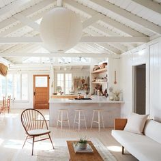 Farmhouse Kitchen Decor Ideas: Great Home Improvement Tips You Should Know! You need to have some knowledge of what to look for and expect from a home improvement job. Farmhouse Style Kitchen, Modern Farmhouse Kitchens, Small Kitchens, White Kitchens, Farmhouse Ideas, Rustic Farmhouse, Tropical Home Decor, Cabin In The Woods, Interior Modern