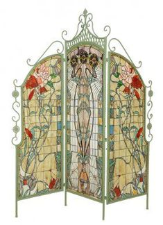 AN ART NOUVEAU STYLE LEADED GLASS THREE-PANEL FLOOR - Mar 06, 2014 | Morton Auctioneers in TX