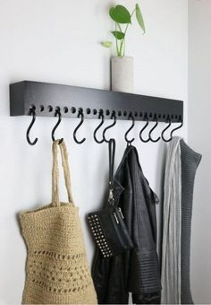 3 Attentive Cool Ideas: Farmhouse Floating Shelves Above Couch floating shelves living room entertainment center. Closet Storage, Diy Storage, Storage Ideas, Hallway Coat Storage, Hanging Storage, Storage Hacks, Office Storage, Wood Storage, Diy Haken