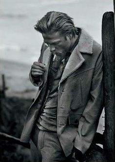 a4f6c2b377fc8 Charlie Hunnam from Sons Of Anarchy...great show that keeps getting better!