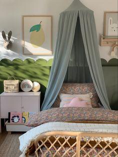 Safari Bedroom, Rainbow Nursery, Rainbow Bedroom, Rainbow Wall, Kids Room Accessories, Pink Bedroom For Girls, Nursery Wall Art, Bedroom Decor, Bedroom Ideas