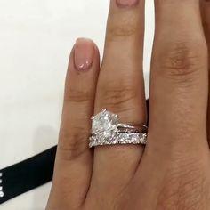 Diamonds Make me happy  | @paradejewellers | #bridesjournal