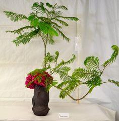 Keep Calm and Craft On Diy Craft Projects, Diy Crafts, Ikebana, Keep Calm, Bonsai, Glass Vase, Display, Flowers, Blog