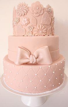 floor cake - My Lil & - Sugarpaste cake, rose, knots & chic Mini Tortillas, Elegant Wedding Cakes, Elegant Cakes, Bolo Grande, Decors Pate A Sucre, Unicorn Foods, Girly Cakes, Marshmallow Fondant, Occasion Cakes