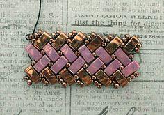 Half Tila Herringbone Bracelet. Links to several FREE Tutorials. From Linda's Crafty Inspirations
