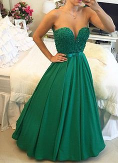 New Arrival Ball Gown Prom Dress,A-Line Sweetheart Crystal Evening Dress with Beadings Open Back Floor Length Prom Gowns,2017 Prom Dress Green Prom Dresses