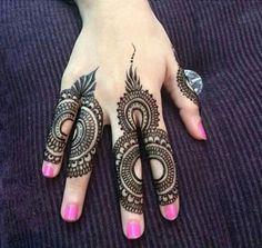 Elegant-and-unique-finger-mehndi-designs10