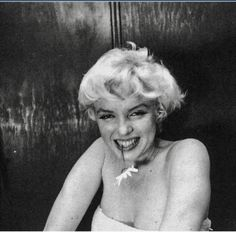 Cecil Beaton Photographer of Marilyn Monroe - Yahoo Image Search Results Marilyn Monroe Life, Marilyn Monroe Photos, Old Actress, American Actress, Cecil Beaton, Hilario, Norma Jeane, Old Hollywood, Diva