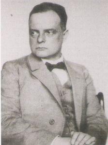 Paul Klee: Sin experiencia en la pedagogía, pero gozando de buena reputación en los círculos vanguardistas en 1921 asume su posición en la Bauhaus, transformo el aprendizaje de la forma, en un aprendizaje pictórico de la forma. Analizando en primera instancia sus propios cuadros, como es el caso de la baya silvestre, acuarela que ha surgido de dos colores del arcoíris: amarillo y violeta, el negro y el verde refuerzan el contraste.