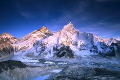 Mount Everest and the Khumbu Glacier in Sagarmatha National Park. Image by Dan Rafla / Getty Images.
