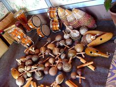 These musical instruments are what people are going to use.  Also they are going to use them to play son.  Arts