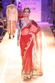 Sari by Anju Modi at Lakme Fashion Week 2014 Indian Attire, Indian Ethnic Wear, Indian Style, Bridal Sari, Indian Bridal, India Fashion, Asian Fashion, Indian Dresses, Indian Outfits