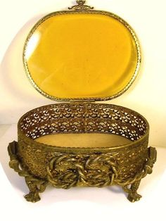 This very large amber glass ormolu jewelry lion footed casket is part of two other Amber glass vanity pieces that I am selling this week. This one is the largest and it measures 7 long and Music Jewelry, Old Jewelry, Jewelry Box, Unique Jewelry, Vintage Jewelry, Vanity Box, Glass Vanity, O Ritual, Pretty Box