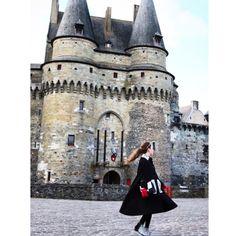 GEORGIANA BOBOC One of the most beautiful photos of @georgiana_boboc of #VintageTraffic with our Lyali #crossbody #bag #handbags #fashion #paris  @vintagetraffic @vintagetraffic