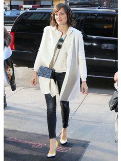 最新作映画『Two Days, One Night』のプロモーションでNYCに訪れたマリオン・コティヤールをファッションチェック。