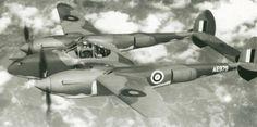 Lockheed P-38 Mk I británico, matrícula AE979. Este aparato es similar al P-38 E y a esta versión se la conocía también como Modelo 322.
