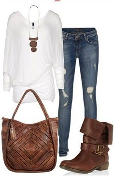 The+Casual+Outfit+Look,+Loose+White+Knit+Top,+Jeans+and+Vintage+Brown+Boots