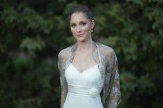 Bridal shrug Taupe color metallic fabric. rustic von noavider