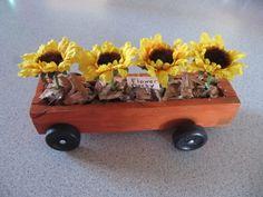 Flower car Awana Grand Prix Car Ideas, Co2 Cars, Racing Car Design, Pinewood Derby Cars, Wooden Wheel, Girl Scout Crafts, Wood Animal, Sunday School Crafts, Race Cars