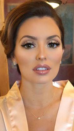 Bestes Braut Make-up 2019 Make-up Make-up Looks Make-up . Bestes Braut Make-up 2019 Make-up Make-up Looks Make-up Looks Best Bridal Makeup, Wedding Makeup Tips, Bridal Hair And Makeup, Wedding Hair And Makeup, Hair Makeup, Hair Wedding, Dream Wedding, Wedding Vows, Rustic Wedding