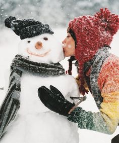 Prep Your Winter Skin: Tips to Keep Your Flawless Complexion in Cold Weather - mom.me #beauty #skincare
