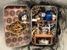 Fortune Teller Crystal Ball Recycled Altoids Tin by ApeNsons Halloween Shadow Box, Halloween Skull, Halloween Crafts, Altered Tins, Altered Art, Pretty Storage Boxes, Mixed Media Boxes, Caravan, Diy Wind Chimes