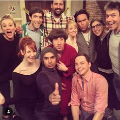 Big Bang Theory cast and crew Big Bang Theory Series, Big Bang Theory Actress, The Big Theory, The Big Bang Therory, Sheldon Leonard, Laura Spencer, Childhood Tv Shows, A Star Is Born, Tv Quotes