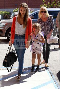 Jessica Alba's Daughter, Honor Warren Wears Kitsch