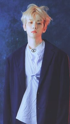 Kpop music industry is really blessed with handsome artists. There are so many handsome male kpop idols belonging to different groups and countries in kpop Luhan, Park Chanyeol, J Pop, Kris Wu, Exo Album, Kim Minseok, Fandom, Kpop Exo, Exo Members