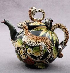 Leopard Teapot by Ardmore Ceramics - South African Design. Ceramic Teapots, Porcelain Ceramics, Ceramic Art, Fine Porcelain, Teapots Unique, Teapots And Cups, Chocolate Pots, Tea Time, Tea Party