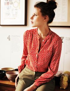 red and polka dots with olive green! such a nice combo