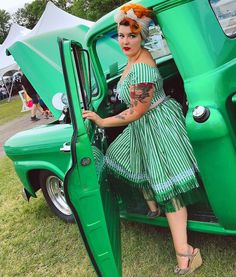 """Vintagestyle Seamstress on Instagram: """"I found the perfect matching classic car to go with my perpermint playsuit! 💚 • ⠀⠀ Playsuit Handmade by @gorgeouslyvintage Fabric from…"""" Go With Me, Go Car, Dressmaking, Playsuit, Classic Cars, To Go, Fabric, Handmade, Vintage"""