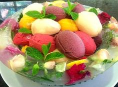 WANT TO DAZZLE YOUR MOTHER ON MOTHER'S DAY? Get a head start on the menu for Mothers day! Here is a great dessert idea! A BOWL MADE OF ICE! If you want to knock someone's socks off in a presentation, try serving your next cool dessert in this beautiful bowl made of ice. It looks …