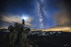 Photographer Takes Incredible Self Portraits Posed in Vast Landscapes - Alien UFO Sightings