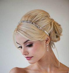 Coque com headband. Simplesmente lindo!