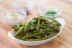 Recipe for sous vide szechuan style green beans by Emily and Jeff prepared with the Anova sous vide machine Thai Green Beans, Szechuan Green Beans, New Recipes, Cooking Recipes, Favorite Recipes, Healthy Recipes, Sous Vide Vegetables, Chinese Greens, Sous Vide Cooking