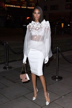 Cindy Bruna attends the Fabulous Fund Fair during London Fashion Week February 2019 at The Roundhouse on February 2019 in London, England. Get premium, high resolution news photos at Getty Images Model Street Style, Street Style Women, Vs Models, Female Models, Fashion Show, Women's Fashion, Fashion Design, Tall Girls, White Blouses