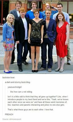Cute picture, no I am not only saying that because of Tom Felton, ok, maybe a little bit, maybe a little bit more than a little bit...