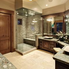 Traditional Bath Design Ideas, Pictures, Remodel and Decor