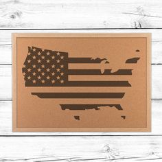 USA Cork Flag Map to show off your patriotic pride. Celebrate Memorial Day or the of July with style. These cork USA maps compliment Americana decor. Cork Board Map, Cork Boards, United States Travel Map, Americana Home Decor, Map Wall Decor, World Quotes, Videos Tumblr, Recipe From Scratch, Video Games For Kids