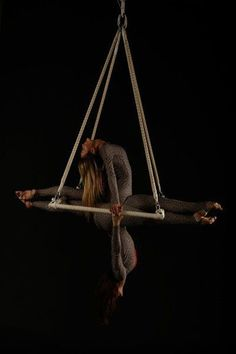Modern Dance Photography Inspiration Shape 54+ Ideas For 2020 Aerial Acrobatics, Aerial Dance, Aerial Hoop, Aerial Arts, Aerial Silks, Modern Dance Photography, Circus Photography, Outdoor Wedding Photography, Circus Aesthetic