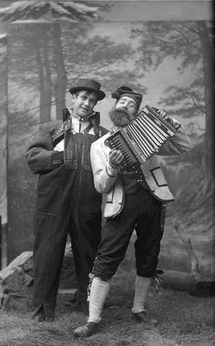 1895 Halfdan Egedius and Lars Jorde