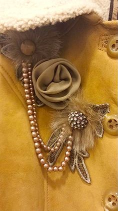 Focus on Details…… Atelier Classe Leather Shop in Florence (Italy) Via Torta 16-18/r www.atelierclasse.com  #pitti85 #leather #jackets #cool #bags #shoes #atelierclasse #clothes #shearling #cappotto #vestito #girls #womanfashion #milanofashionweek #pitti donna #pitti #firenze #florence #viatorta #piazzasantacroce #aifs, #fashion #fashionblog #fashionblogger #moda #mode #fashionista #madridista #elle #vogue #versace #armani #ferragamo #leather shop #shop florence #vestito firenze