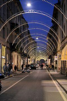Via Montenapoleone, Milan, Italy Milan Shopping, Shopping In Italy, Wonderful Places, Beautiful Places, Postcards From Italy, Milan Travel, Places Around The World, Around The Worlds, Genoa Italy