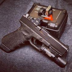 Glock 17 w/ Trijicon RMR + SureFire Ultra + stippled grip Weapons Guns, Guns And Ammo, Glock Stippling, Tactical Guns, Shooting Sports, Cool Guns, Assault Rifle, Pew Pew, Bang Bang