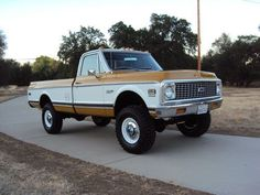 CALIFORNIA NATIVE 1971 CHEVY SUPER CHEYENNE C20 4x4 WITH FACTORY AIR, image 1