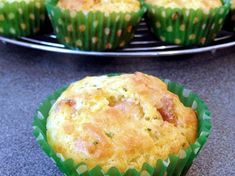 Muffins boursin poulet Donut Muffins, Donuts, Boursin, Snacks Sains, Creole Recipes, West Indian, Recipe Notes, Clean Eating Snacks, Scones