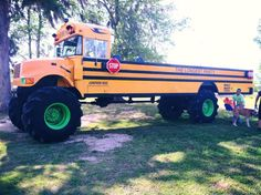 Monsta Bus