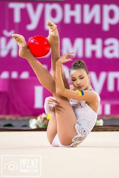 Viktoria Mazur HD Rhythmic Gymnastics Photos Gymnastics Photos, Rhythmic Gymnastics, Calisthenics, Sport Girl, Sexy Body, Leotards, Ballet, Dance, Athletes