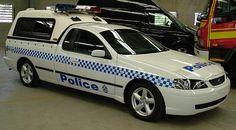 Australian Police Cars > Gallery > Queensland Police > Image: 0503-aevp_baxls-dog_02